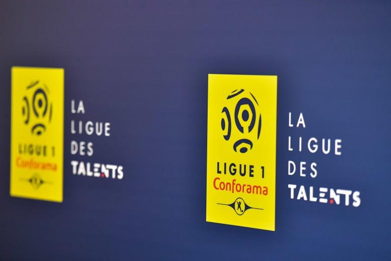 L'amendement en faveur d'une reprise de la Ligue 1 a été rejeté, Maracineanu  applaudit