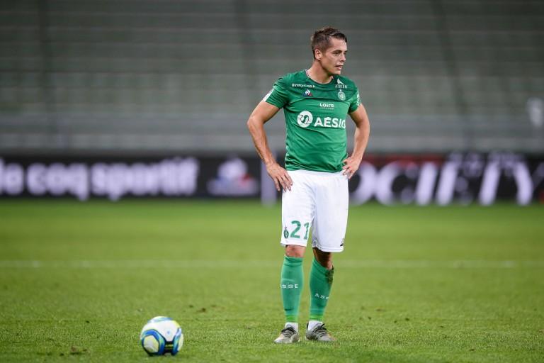 Le FC Lorient attiré par Romain Hamouma ?