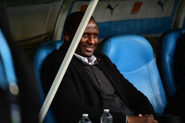 Patrich Vieira, le coach de l'OGC Nice, pourrait accueillir Jordan Lotomba