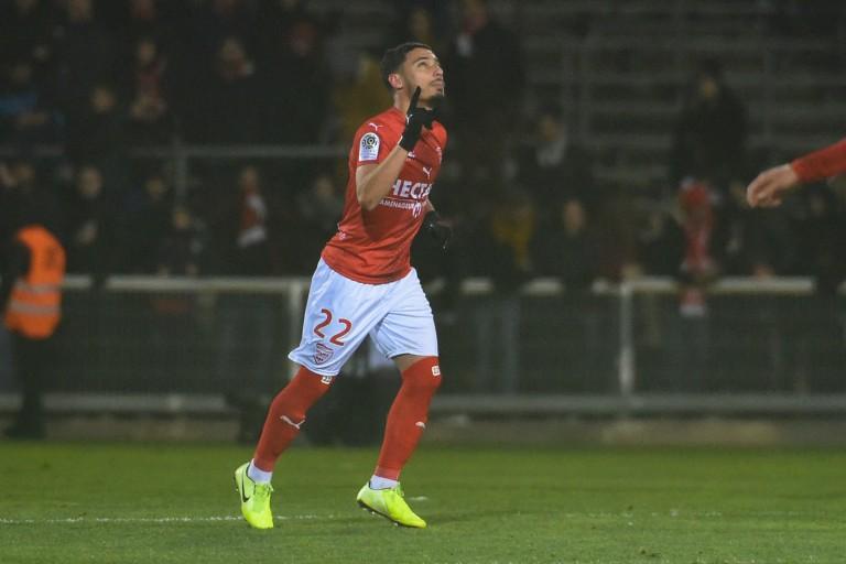 Yassine Benrahou blessé avec le Nîmes Olympique