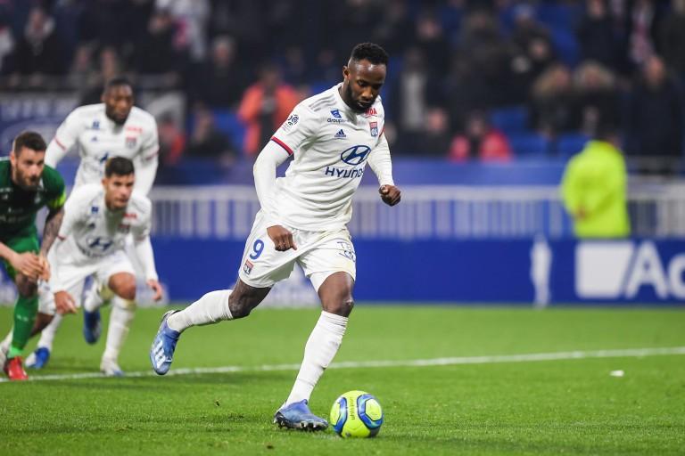 Moussa Dembélé, buteur de l'OL, vaut 54 M€ sur le marché selon le CIES