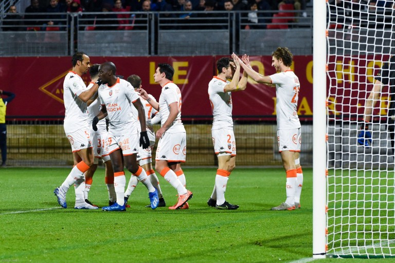 Le FC Lorient devrait recevoir une enveloppe de Leeds united pour Illan Meslier