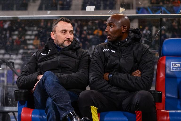 Franck Haise, coach du RC Lens et son adjoint Alou Diarra