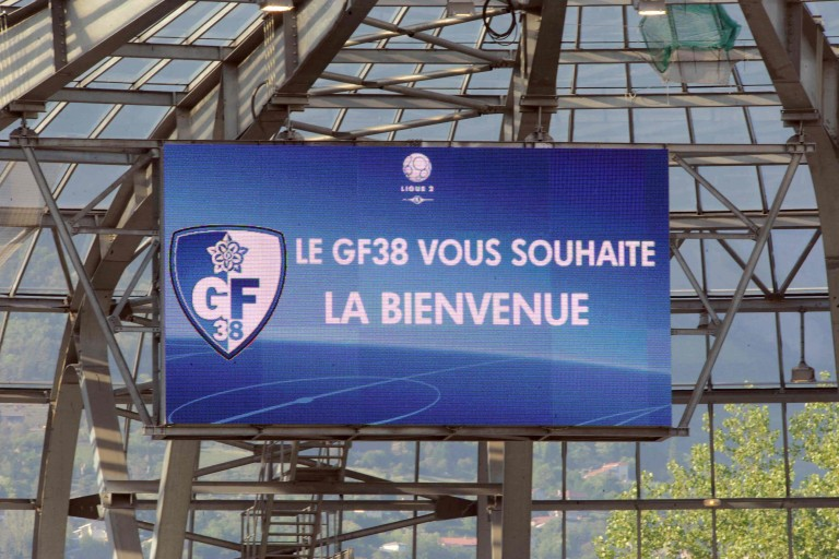 Le meilleur buteur de National a signé — Grenoble