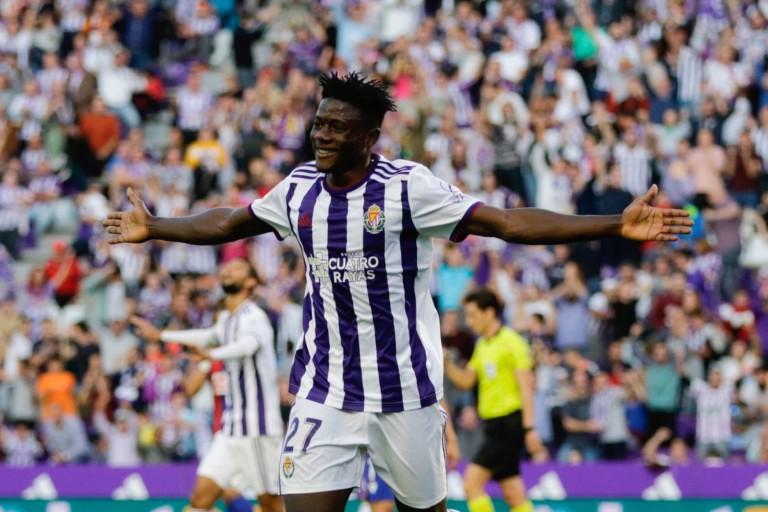 Le Stade Rennais FC confronté à une concurrence massive des Anglais pour Mohammed Salisu