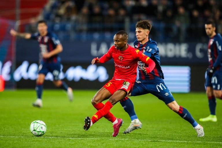 La superbe présentation de la recrue Stéphane Diarra (off) — Lorient