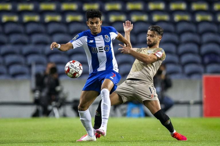 Luis Diaz (en bleu), milieu de terrain du FC Porto visé par l'ASSE