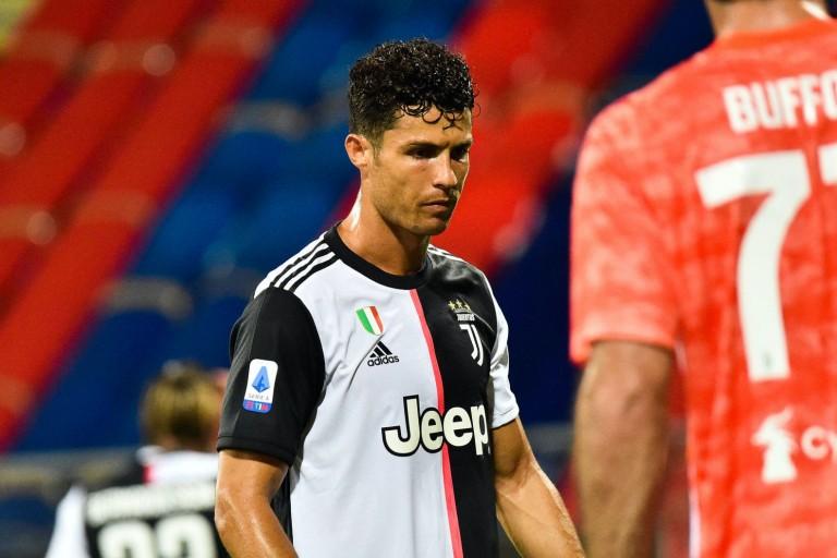 Juventus Turin : Cristiano Ronaldo consolé par sa grande soeur après l'élimination face à l'OL