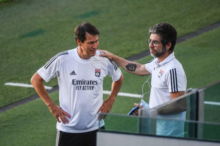 Juninho, directeur sportif de l'OL, et le coach Rudi Garcia.