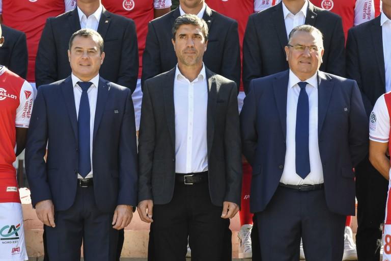 Didier Perrin, David Guion (coach) et Jean-Pierre Caillot du Stade de Reims