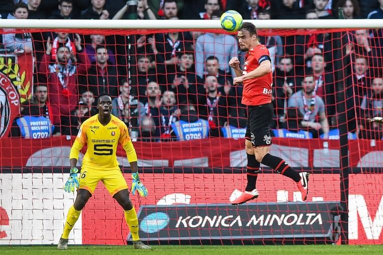 Stade Rennais FC : départ imminent d'Edouard Mendy à Chelsea, blocage dans le dossier Rui Silva