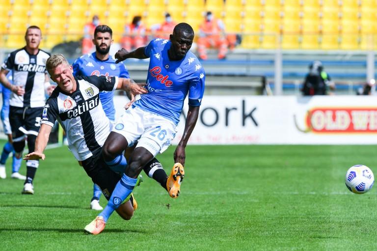 Kalidou Koulibaly, défenseur central du Napoli courtisé par le PSG