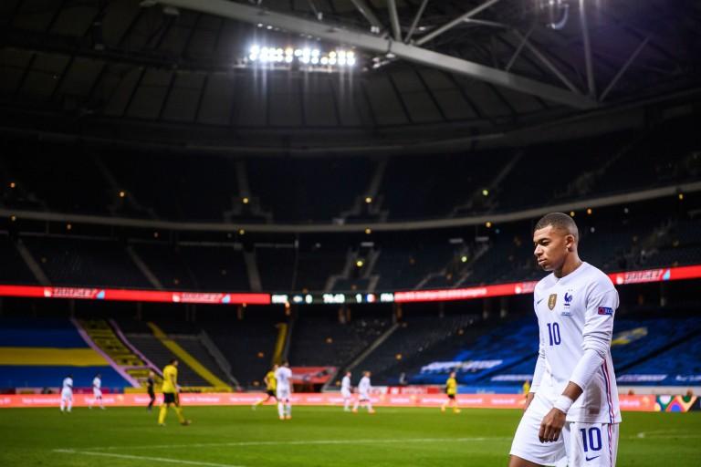 Kylian Mbappé testé positif au covid-19 et écarté de l'Equipe de France