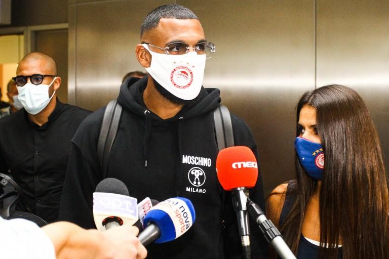 Yann M'Vila file à l'Olympiakos (Officiel)