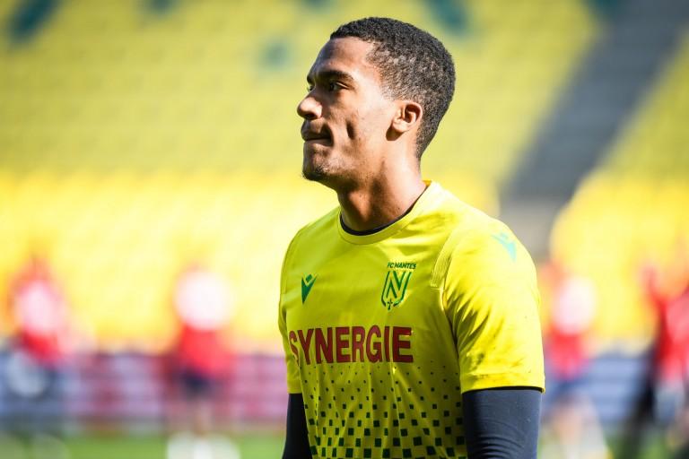 Alban Lafont souhaite prolonger avec le FC Nantes