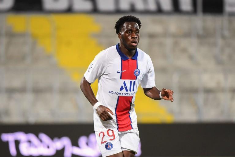 Arnaud Kalimuendo prêté par le PSG au RC Lens