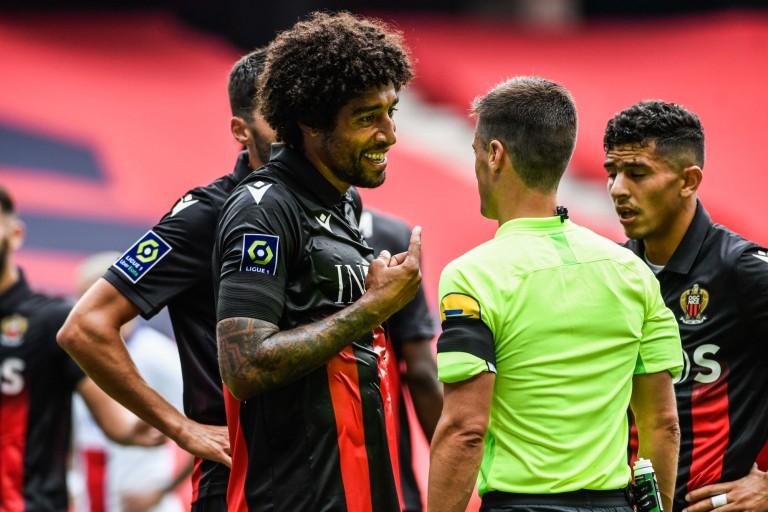 OGC Nice : Dante mécontent de l'arbitrage malgré la victoire à Saint-Étienne.
