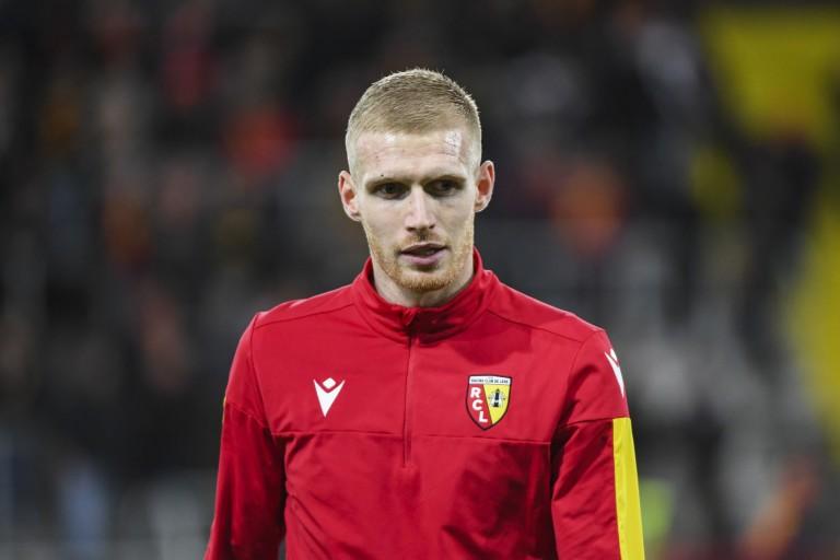 Gaëtan Robail, attaquant du RC Lens, prêté à l'EA Guingamp