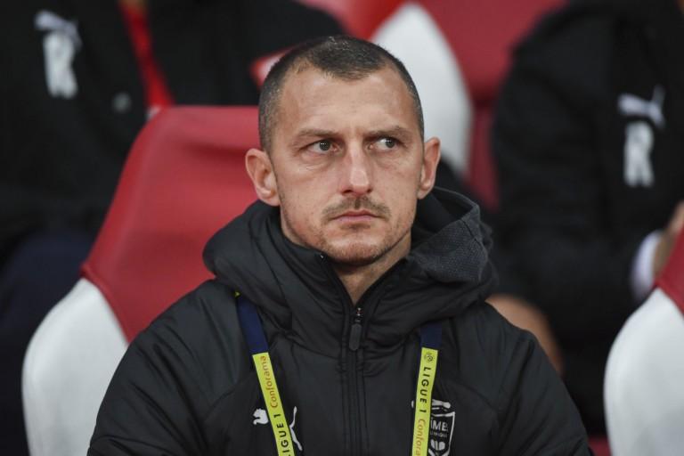 Jérôme Arpinon avec un Nîmes olympique décimé contre le PSG