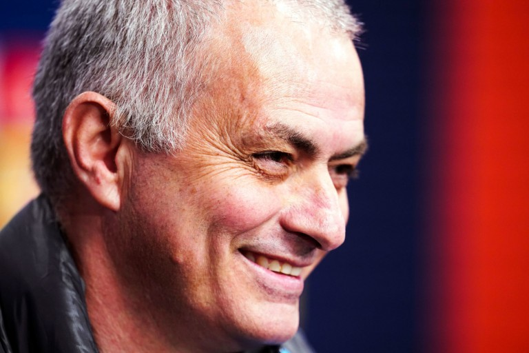 Absent de l'autobiographie de Wenger, Mourinho en a profité pour chambrer l'ancien coach d'Arsenal.