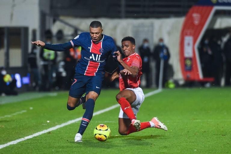 La prolongation de Kylian Mbappé est un enjeu mercato énorme pour le PSG.