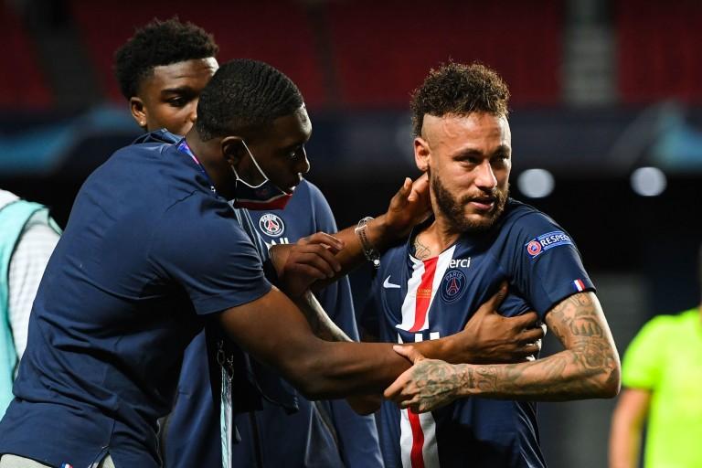 Neymar aurait abusé l'arbitre lors du match entre le Pérou et le Brésil
