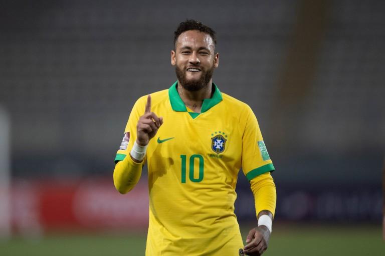 Mathieu Valbuena titille Neymar Jr