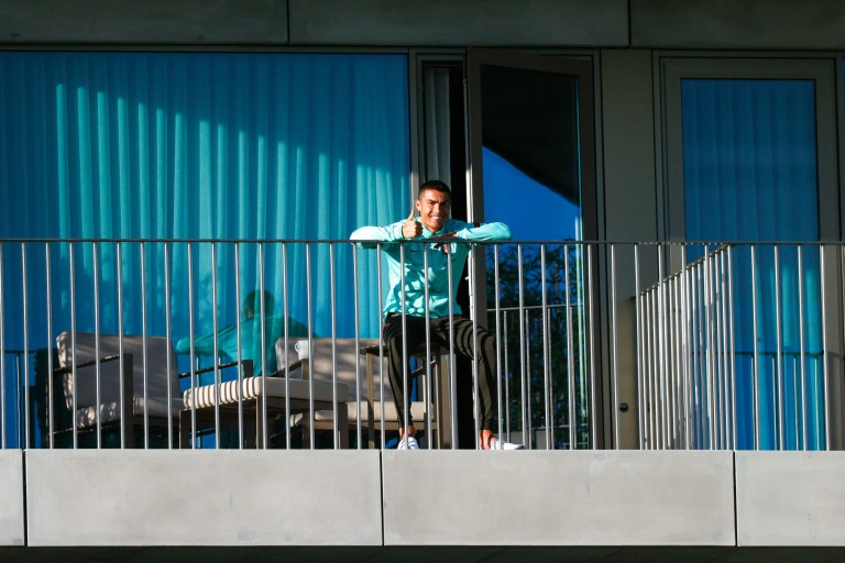 Cristiano Ronaldo a regagné l'Italie malgré son test positif au coronavirus.