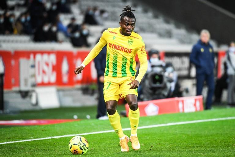 Moses Simon préoccupé par un différend financier avec le FC Nantes ?