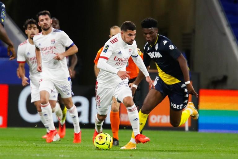 OL : Arsenal n'est plus attiré par le profil de Houssem Aouar