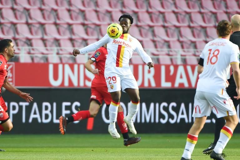 Arnaud Kalimuendo se sent bien au RC Lens où il est prêté par le PSG.
