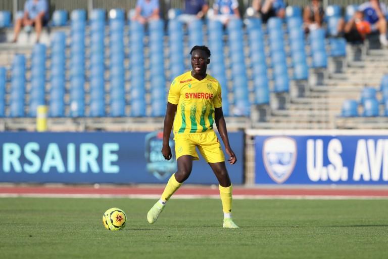 FC Nantes : un départ inéluctable de Batista Mendy et de Thomas Basila  Grosse mise en garde des supporters
