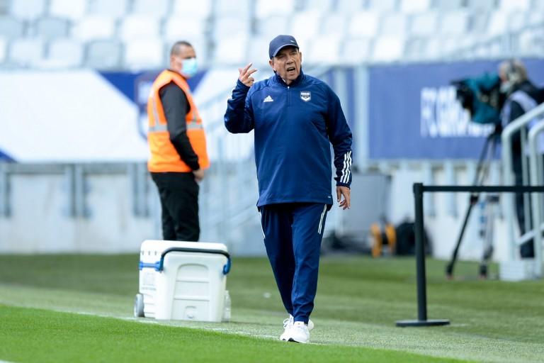 L'entraîneur des Girondins de Bordeaux, Jean-Louis Gasset, à l'affut pour ce mercato.