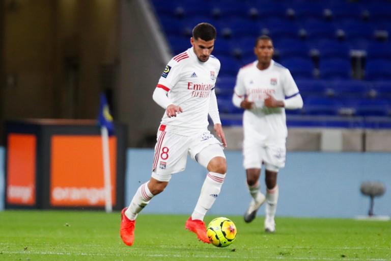 OL : sanction hâtive de Juninho contre Houssem Aouar ?