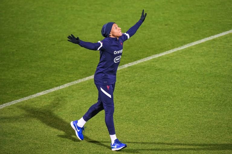 Kylian Mbappé remis avec les Bleus