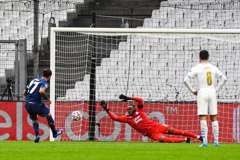 L'OM, le Stade Rennais FC et le PSG n'ont pas fait honneur au football français cette semaine.