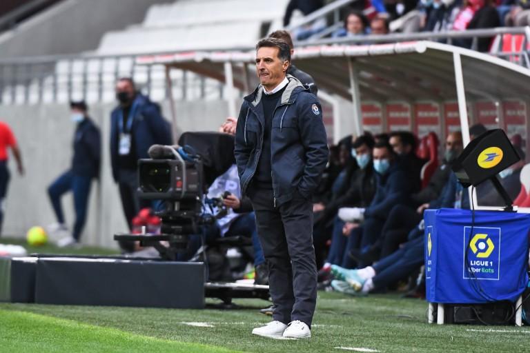 FC Lorient : Christophe Pélissier dénonce le manque d'efficacité de ses joueurs .