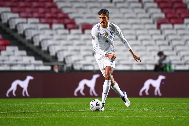 Real Madrid Mercato : Raphaël Varane vers Manchester United.