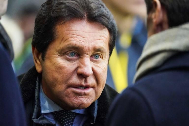 Le arbitres jubilent après la sanction contre Kita — FC Nantes