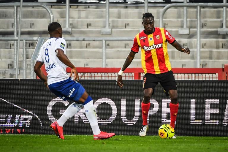 Issiaga Sylla, le défenseur du RC Lens, a été exclu de la sélection de la Guinée.