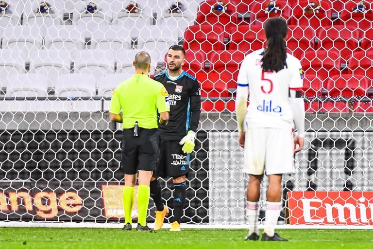 OL : Anthony lopes critiqué partout sauf à Lyon ?