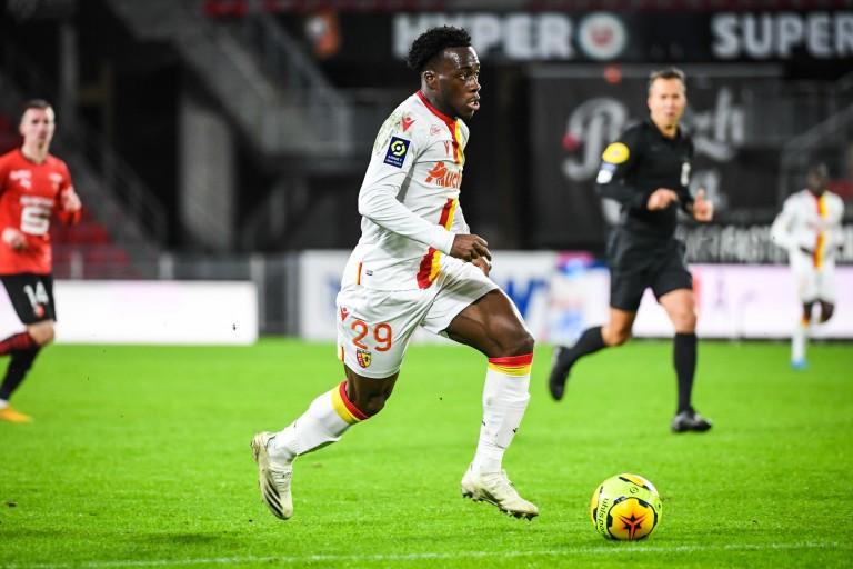 Arnaud Kalimuendo, attaquant du RC Lens formé au PSG.