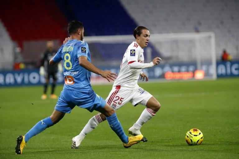 Rivaux sur les terrains de Ligue 1, l'OL et l'OM vont également l'être sur le mercato d'hiver car les deux clubs sont sur le même joueur pour améliorer leurs milieux de terrain.