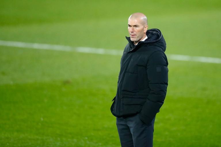 A la recherche d'un milieu de terrain pour son Real Madrid, le technicien français a donné le nom d'un international malien.