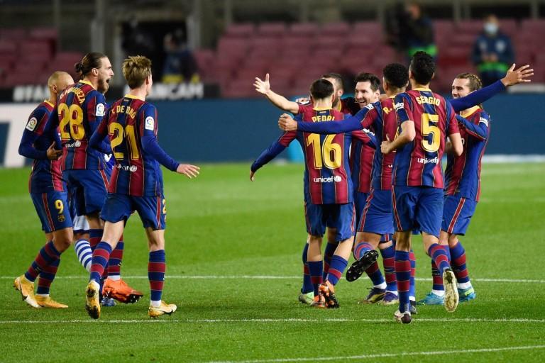 Les élections au Barça reportées