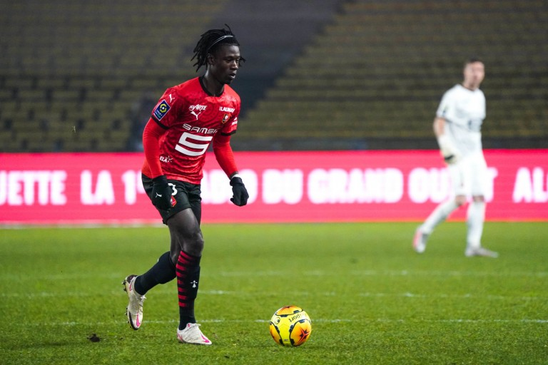 Eduardo Camavinga , milieu de terrain du Stade Rennais.