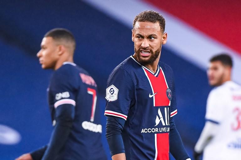 PSG : Le gros coup de gueule de Neymar sur les RS