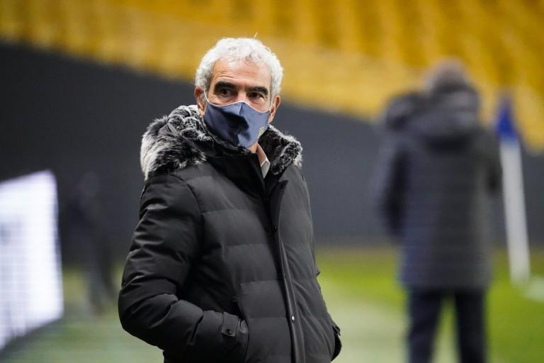 Domenech déconseille un joueur de quitter le FC Nantes.