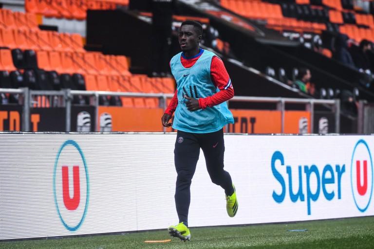 Idrissa Gueye devrait rester au PSG