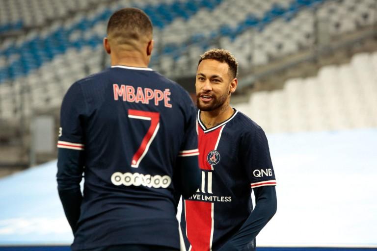 Kylian Mbappé et Neymar, les deux stars du PSG.
